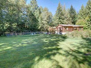 "Photo 27: 3223 - 3227 CRYSTAL Road: Roberts Creek House for sale in ""UPPER ROBERTS CREEK"" (Sunshine Coast)  : MLS®# R2502377"