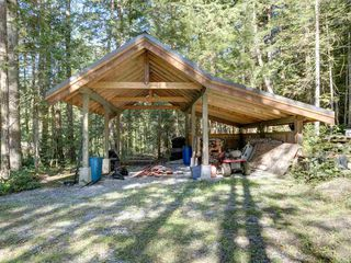 "Photo 38: 3223 - 3227 CRYSTAL Road: Roberts Creek House for sale in ""UPPER ROBERTS CREEK"" (Sunshine Coast)  : MLS®# R2502377"