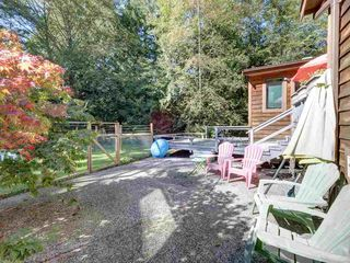 "Photo 29: 3223 - 3227 CRYSTAL Road: Roberts Creek House for sale in ""UPPER ROBERTS CREEK"" (Sunshine Coast)  : MLS®# R2502377"