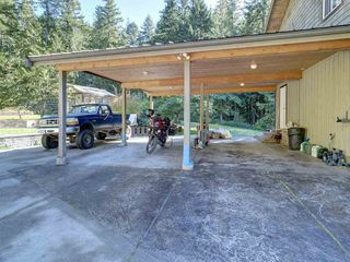 "Photo 20: 3223 - 3227 CRYSTAL Road: Roberts Creek House for sale in ""UPPER ROBERTS CREEK"" (Sunshine Coast)  : MLS®# R2502377"