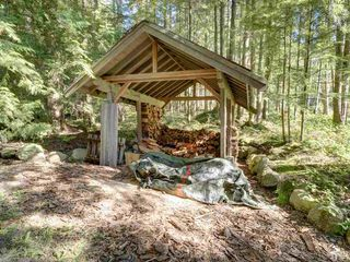 "Photo 39: 3223 - 3227 CRYSTAL Road: Roberts Creek House for sale in ""UPPER ROBERTS CREEK"" (Sunshine Coast)  : MLS®# R2502377"