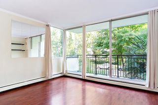 """Photo 2: 202 1534 HARWOOD Street in Vancouver: West End VW Condo for sale in """"ST. PIERRE"""" (Vancouver West)  : MLS®# R2505398"""