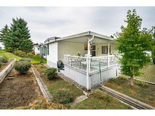 """Photo 35: 108 15875 20 Avenue in Surrey: King George Corridor Manufactured Home for sale in """"Sea Ridge Bays"""" (South Surrey White Rock)  : MLS®# R2512573"""