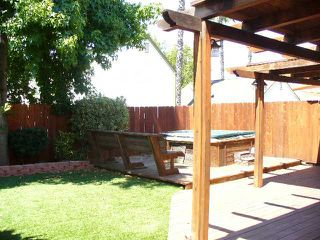 Photo 8: EL CAJON House for sale : 3 bedrooms : 746 Granite Hills