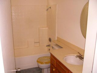 Photo 7: EL CAJON House for sale : 3 bedrooms : 746 Granite Hills
