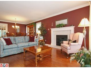 Photo 3: 18881 62A Avenue in Surrey: Cloverdale BC House for sale (Cloverdale)  : MLS®# F1123012