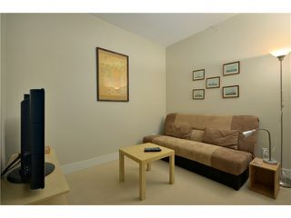 "Photo 8: 404 6080 IONA Drive in Vancouver: University VW Condo for sale in ""STIRLING HOUSE"" (Vancouver West)  : MLS®# V922540"