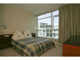 "Photo 5: 404 6080 IONA Drive in Vancouver: University VW Condo for sale in ""STIRLING HOUSE"" (Vancouver West)  : MLS®# V922540"