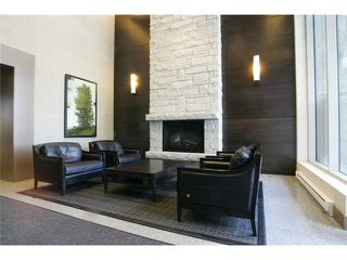 "Photo 3: 404 6080 IONA Drive in Vancouver: University VW Condo for sale in ""STIRLING HOUSE"" (Vancouver West)  : MLS®# V922540"