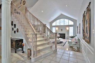 Photo 2: 956 Halsham Court in Mississauga: Clarkson House (2-Storey) for sale : MLS®# W2826365