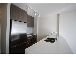 Photo 5: 1205 1009 HARWOOD Street in Vancouver: West End VW Condo for sale (Vancouver West)  : MLS®# V1093940