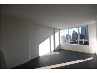 Photo 11: 1205 1009 HARWOOD Street in Vancouver: West End VW Condo for sale (Vancouver West)  : MLS®# V1093940