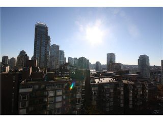 Photo 2: 1205 1009 HARWOOD Street in Vancouver: West End VW Condo for sale (Vancouver West)  : MLS®# V1093940
