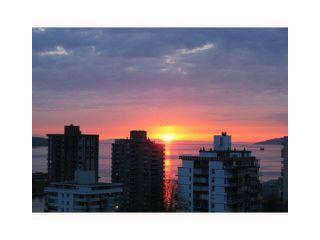 Photo 3: 1205 1009 HARWOOD Street in Vancouver: West End VW Condo for sale (Vancouver West)  : MLS®# V1093940