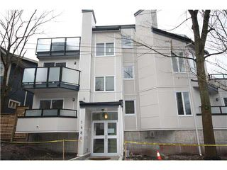 Photo 2: 202 1480 COMOX Street in Vancouver: West End VW Condo for sale (Vancouver West)  : MLS®# V1101742
