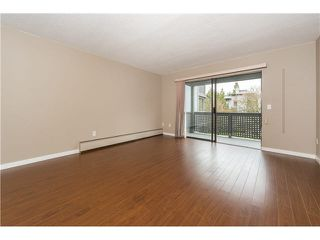 "Photo 2: 146 200 WESTHILL Place in Port Moody: College Park PM Condo for sale in ""WESTHILL PLACE"" : MLS®# V1110203"