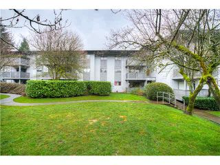 """Photo 1: 146 200 WESTHILL Place in Port Moody: College Park PM Condo for sale in """"WESTHILL PLACE"""" : MLS®# V1110203"""