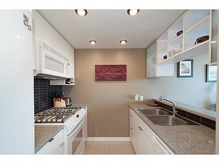 "Photo 11: 1103 928 BEATTY Street in Vancouver: Yaletown Condo for sale in ""The Max 1"" (Vancouver West)  : MLS®# V1115443"