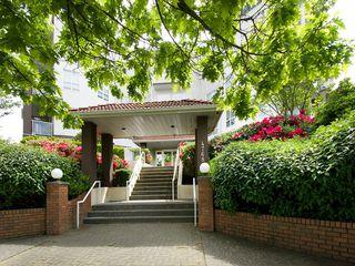 """Photo 1: 214 4768 53RD Street in Ladner: Delta Manor Condo for sale in """"SUNNINGDALE IV"""" : MLS®# V1133239"""