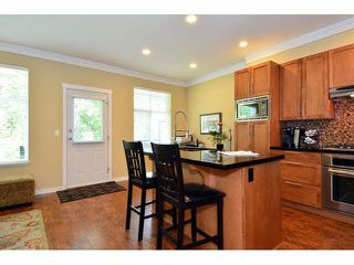 "Photo 7: 73 3009 156 Street in Surrey: Grandview Surrey Townhouse for sale in ""KALLISTO"" (South Surrey White Rock)  : MLS®# F1446840"