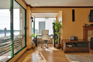 "Photo 4: 502 410 CARNARVON Street in New Westminster: Downtown NW Condo for sale in ""CARNARVON PLACE"" : MLS®# R2012718"