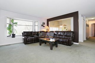 "Photo 2: 5807 170A Street in Surrey: Cloverdale BC House for sale in ""JERSEY HILLS"" (Cloverdale)  : MLS®# R2036586"