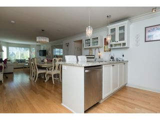 "Photo 3: 205 15389 ROPER Avenue: White Rock Condo for sale in ""REGENCY COURT"" (South Surrey White Rock)  : MLS®# R2096620"