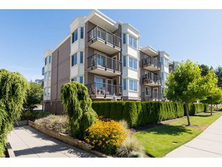 "Photo 2: 205 15389 ROPER Avenue: White Rock Condo for sale in ""REGENCY COURT"" (South Surrey White Rock)  : MLS®# R2096620"