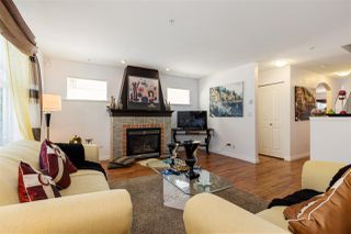 "Photo 5: 11 6450 199 Street in Langley: Willoughby Heights Townhouse for sale in ""LOGAN'S LANDING - LANGLEY"" : MLS®# R2098067"
