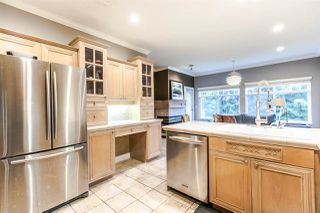 """Photo 3: 17 5201 OAKMOUNT Crescent in Burnaby: Oaklands Townhouse for sale in """"HARTLANDS"""" (Burnaby South)  : MLS®# R2099828"""