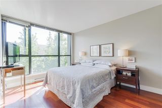 """Photo 10: 405 2036 W 10TH Avenue in Vancouver: Kitsilano Condo for sale in """"TENALI"""" (Vancouver West)  : MLS®# R2101811"""