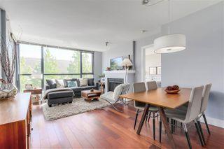 """Photo 2: 405 2036 W 10TH Avenue in Vancouver: Kitsilano Condo for sale in """"TENALI"""" (Vancouver West)  : MLS®# R2101811"""