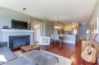 """Photo 6: 405 2036 W 10TH Avenue in Vancouver: Kitsilano Condo for sale in """"TENALI"""" (Vancouver West)  : MLS®# R2101811"""