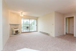 "Photo 6: 339 5379 205 Street in Langley: Langley City Condo for sale in ""Heritage Manor"" : MLS®# R2102629"