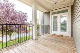"Photo 3: 2547 EAGLE MOUNTAIN Drive in Abbotsford: Abbotsford East House for sale in ""EAGLE MOUNTAIN"" : MLS®# R2108804"