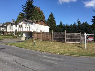 Photo 2: 9099 ALEXANDRIA Crescent in Surrey: Queen Mary Park Surrey House for sale : MLS®# R2112588