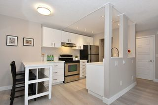 "Photo 5: 218 550 E 6TH Avenue in Vancouver: Mount Pleasant VE Condo for sale in ""LANDMARK GARDENS"" (Vancouver East)  : MLS®# R2143032"