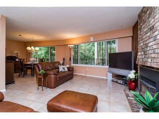 """Photo 5: 3880 198 Street in Langley: Brookswood Langley House for sale in """"Brookswood"""" : MLS®# R2145669"""