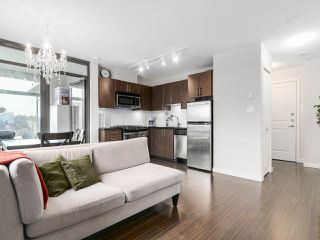 "Photo 5: 1001 1068 W BROADWAY in Vancouver: Fairview VW Condo for sale in ""The Zone"" (Vancouver West)  : MLS®# R2148292"