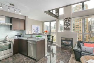 "Photo 3: 806 1238 RICHARDS Street in Vancouver: Yaletown Condo for sale in ""Metropolis"" (Vancouver West)  : MLS®# R2151937"