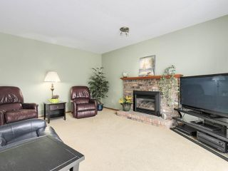 "Photo 7: 20283 93B Avenue in Langley: Walnut Grove House for sale in ""F61"" : MLS®# R2162108"