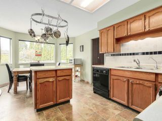 "Photo 10: 20283 93B Avenue in Langley: Walnut Grove House for sale in ""F61"" : MLS®# R2162108"