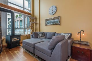 "Photo 3: 509 10 RENAISSANCE Square in New Westminster: Quay Condo for sale in ""MURANO LOFTS"" : MLS®# R2177517"