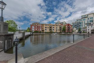 "Photo 34: 509 10 RENAISSANCE Square in New Westminster: Quay Condo for sale in ""MURANO LOFTS"" : MLS®# R2177517"