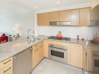 "Photo 10: 405 6018 IONA Drive in Vancouver: University VW Condo for sale in ""Argyll House West"" (Vancouver West)  : MLS®# R2178903"