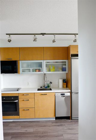 "Photo 8: 1306 13380 108 Avenue in Surrey: Whalley Condo for sale in ""City Point"" (North Surrey)  : MLS®# R2204007"