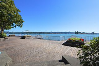 Photo 3: 412 1150 QUAYSIDE DRIVE in New Westminster: Quay Condo for sale : MLS®# R2202001