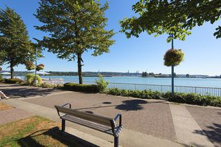 Photo 2: 412 1150 QUAYSIDE DRIVE in New Westminster: Quay Condo for sale : MLS®# R2202001