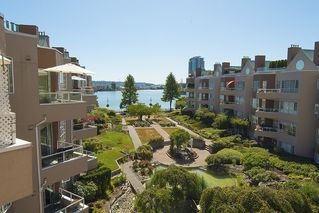 Photo 11: 412 1150 QUAYSIDE DRIVE in New Westminster: Quay Condo for sale : MLS®# R2202001