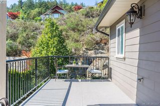 Photo 10: 2332 Echo Valley Dr in VICTORIA: La Bear Mountain Single Family Detached for sale (Langford)  : MLS®# 770509